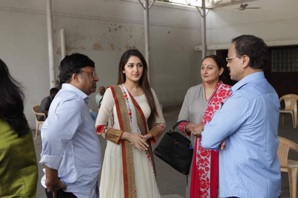 Jayam Ravi – Director Vijay's untitled project Pooja Stills 001