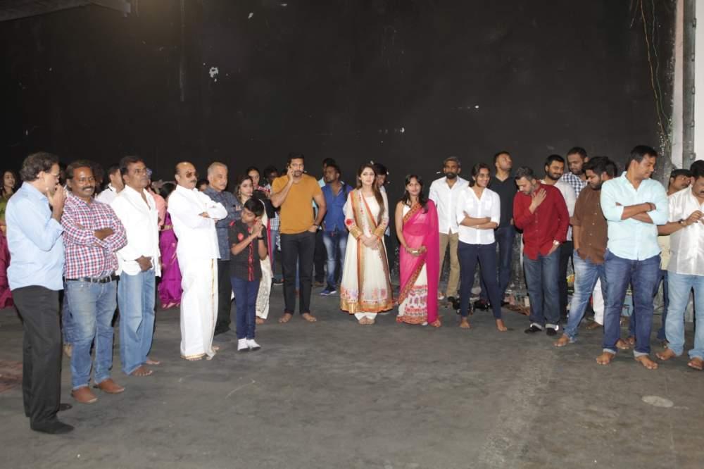 Jayam Ravi – Director Vijay's untitled project Pooja Stills 002