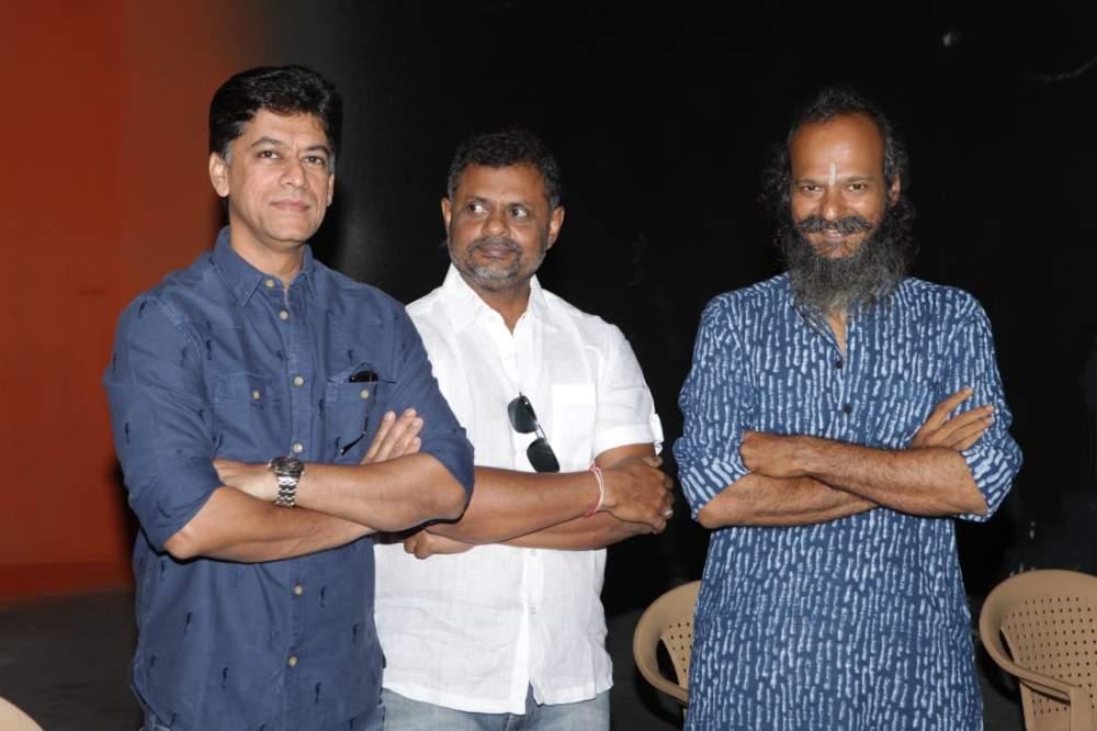 Jayam Ravi – Director Vijay's untitled project Pooja Stills 003