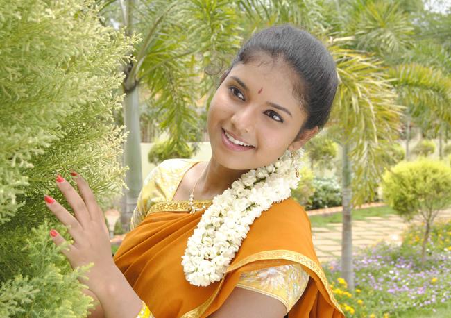Saaindhaadu-Saaindhaadu-02