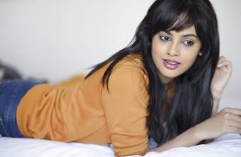 actress-nanditha-stills-005