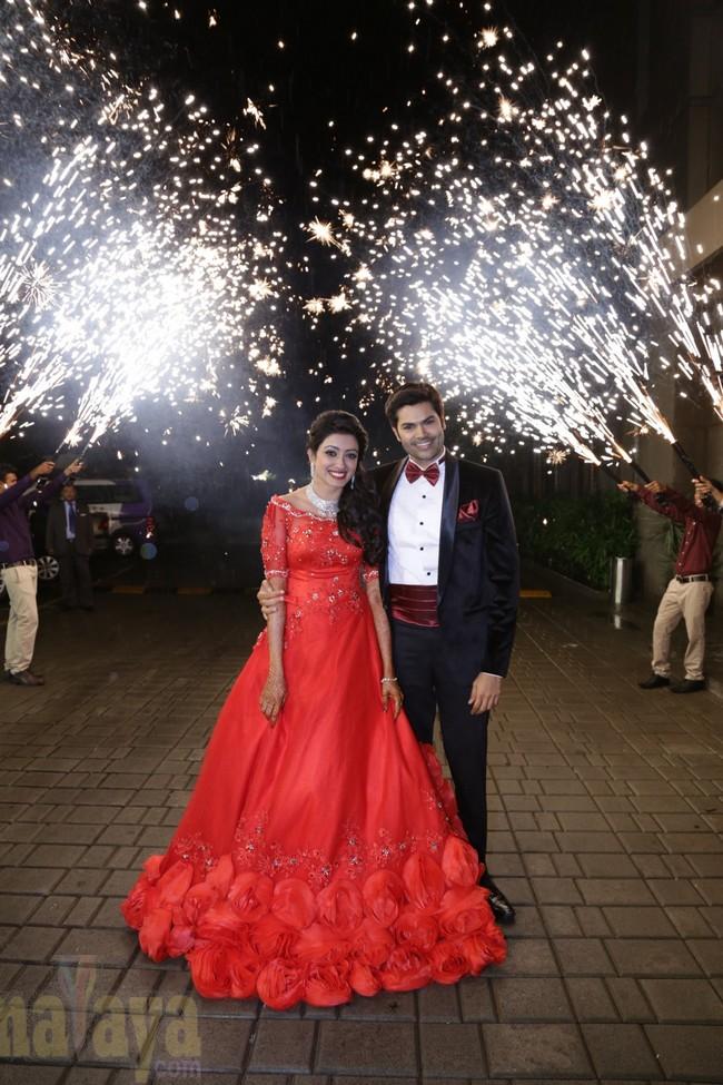 21_Ganesh Venkatram - Nisha Wedding Reception Stills01