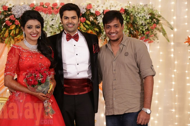 21_Ganesh Venkatram - Nisha Wedding Reception Stills38