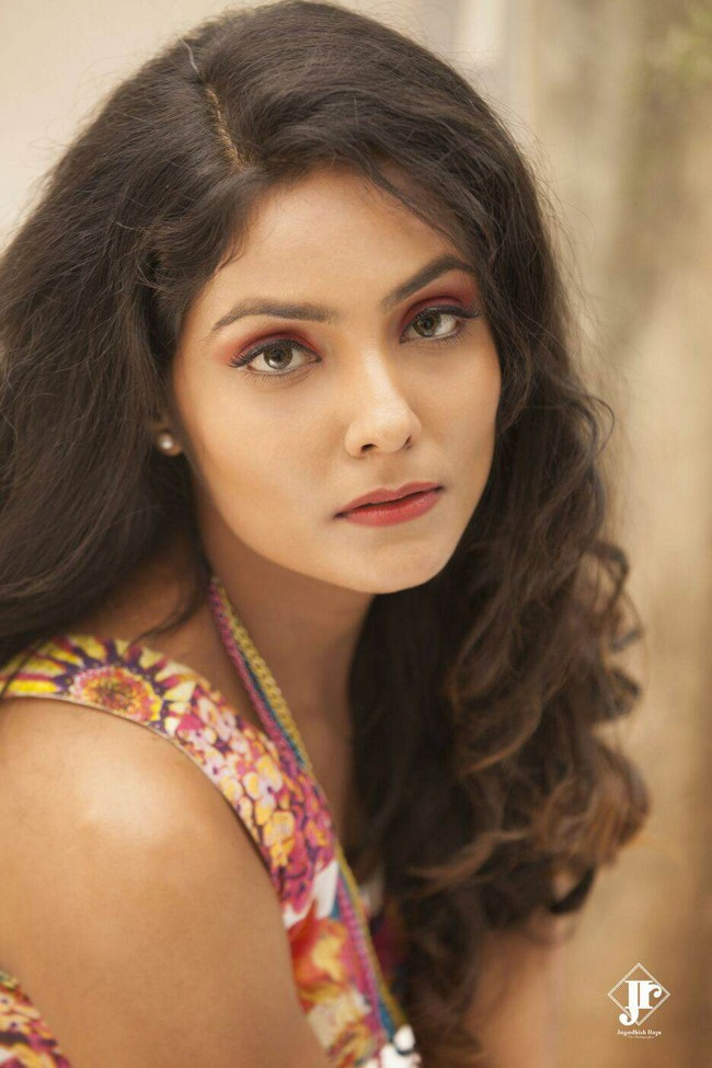 Actress Harini Photoshoot Images19