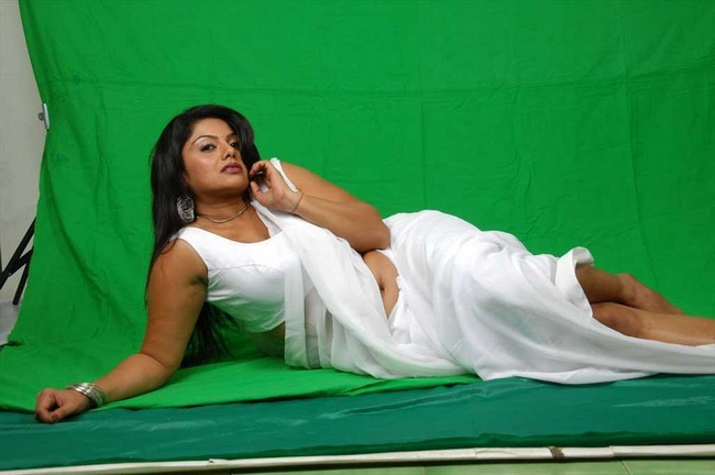 Niyaki swetha varma hot photos05