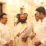 Celebrities Met Gurudev Sri Sri Ravi Shankar Ji In Chennai Photos  005