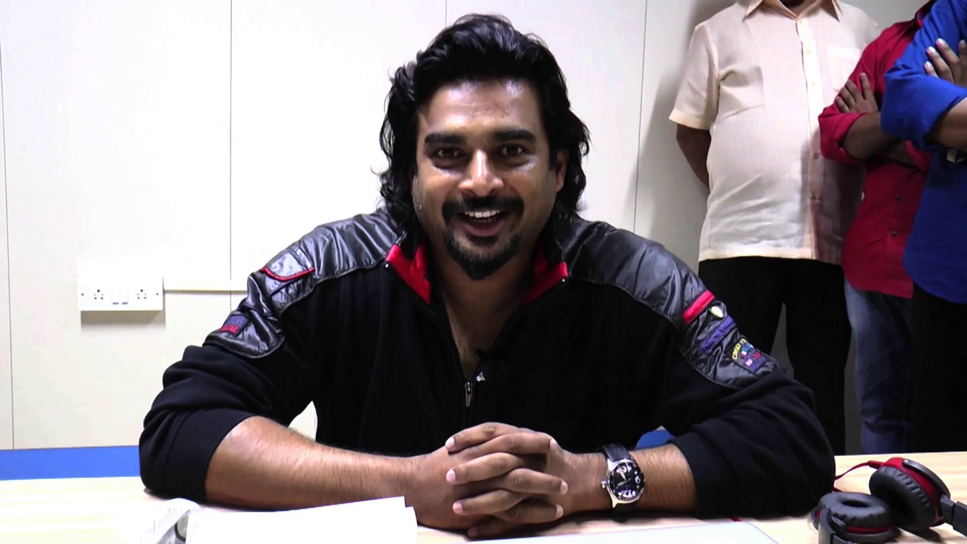 Actor Madhavan Talks about Ennul Aayiram Trailer.