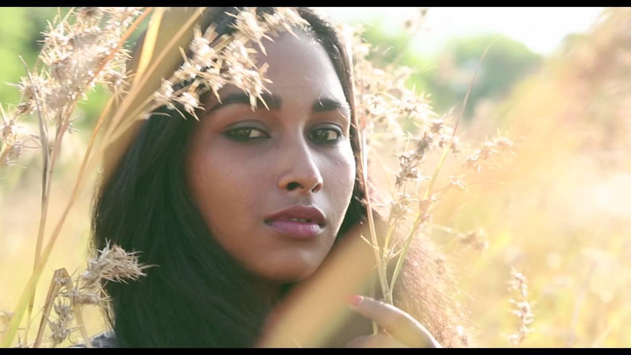 Velu Prabhakaran's 'Oru Iyakkunarin Kadhal Diary' Movie Trailer