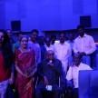 பத்திரிகையாளர் சோவுடன் கபாலி திரைப்படம் பார்த்தார் ரஜினி (வீடியோ)
