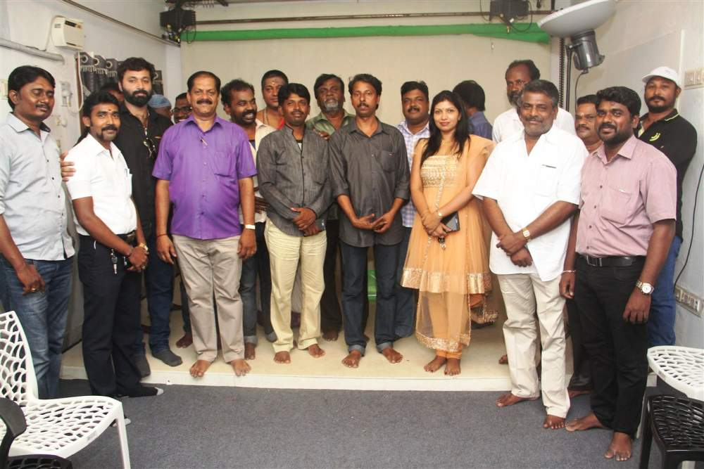Mukkoodal movie Launch synopsis and Stills 034