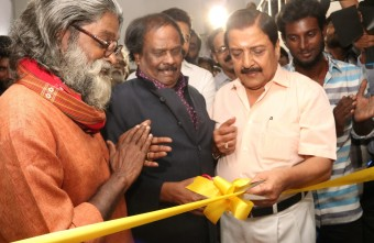 paintings-of-siva-kumar-event-inaguration-function-inagurated-by-karthi-7