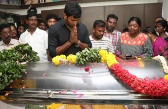 நடிகர் வினுசக்ரவர்த்தி மரணம்! திரையுலககினர் இரங்கல்..!!016