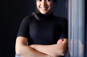 Actress Catherine Tresa019