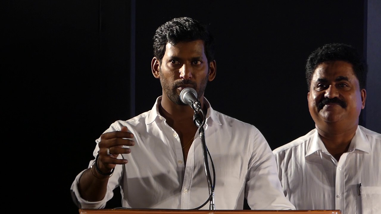"""I WILL GIVE ONE LAKH TO THE PEOPLE""-Vishal Promise."