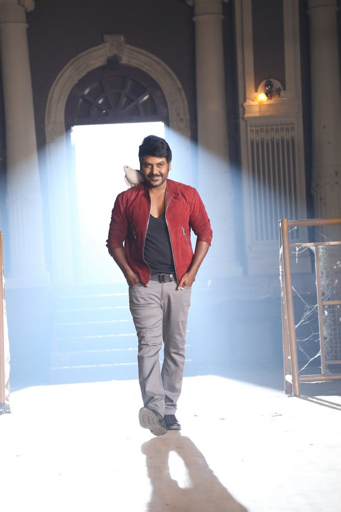 sivalinga-movie-stills-004