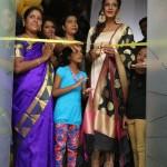 Actress Meera Mithun Launches Ace Salon & Spa 001