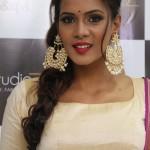 Actress Meera Mithun Launches Ace Salon & Spa 010