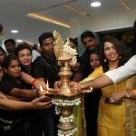 Actress Meera Mithun Launches Ace Salon & Spa 022