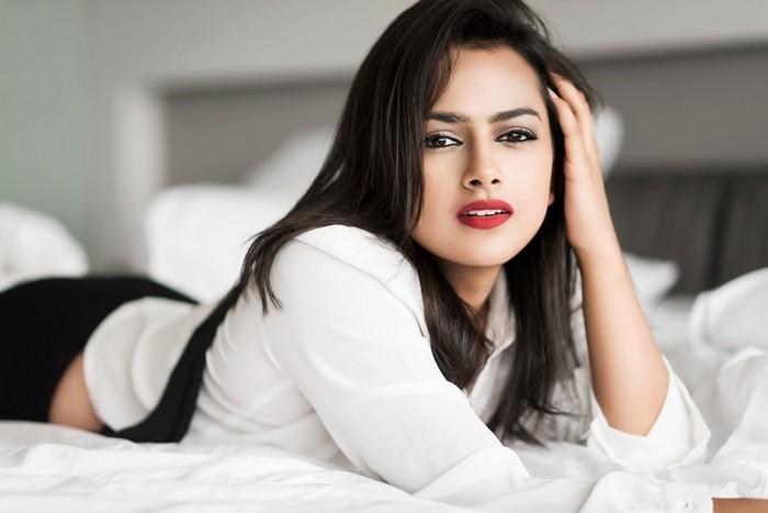 Actress Shraddha Srinath Photoshoot Pics002