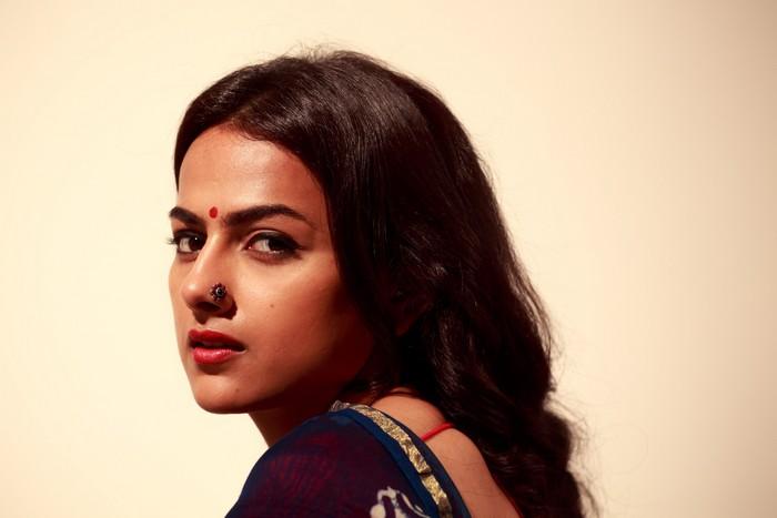 Actress Shraddha Srinath Photoshoot Pics012