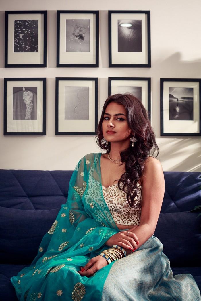 Actress Shraddha Srinath Photoshoot Pics015