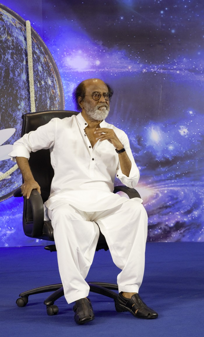 Superstar Rajinikanth Fans Meet - Day 4 Photos002