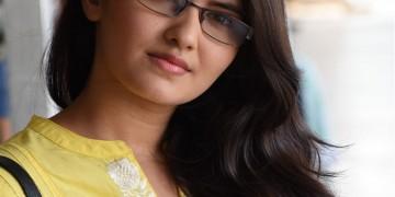 Swathi Kolai vazhaku movie stills003