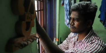 Swathi Kolai vazhaku movie stills037