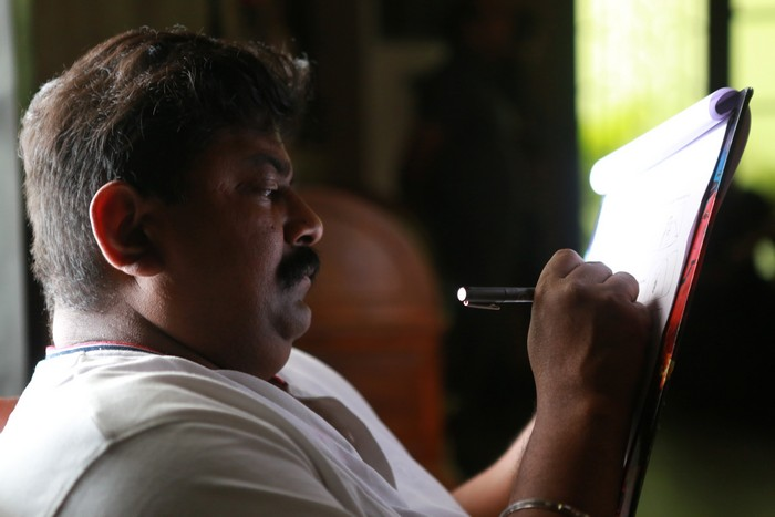 Thupparivaalan Movie Stills004