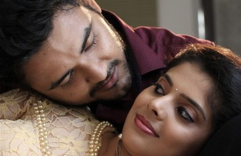 VilayattuAarambam Movie Stills015