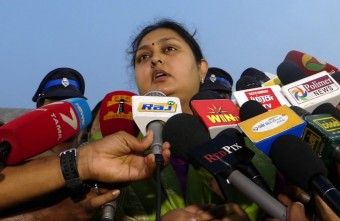 """I WILL NOT START A PARTY""-VINDHIYA ATROCITIES IN Jayalalitha Memorial."
