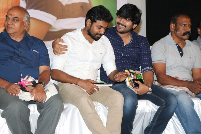 thottam movie pressmeet056