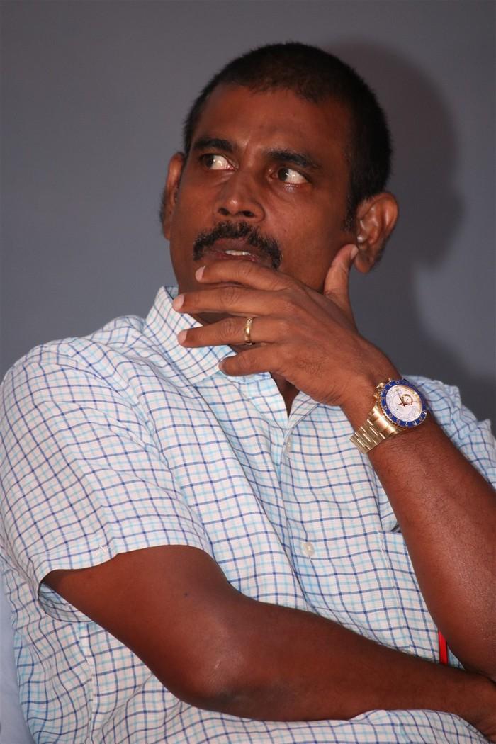 Sakundhalavin kadhalan004